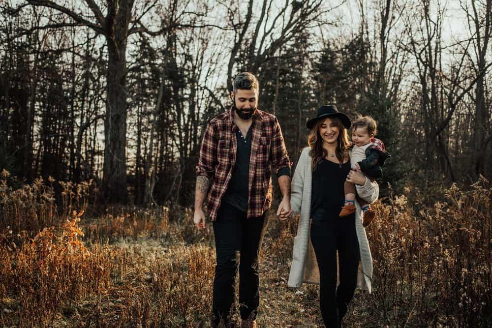 OHIO TREE FARM SESSION | JOE + KASSIE 10