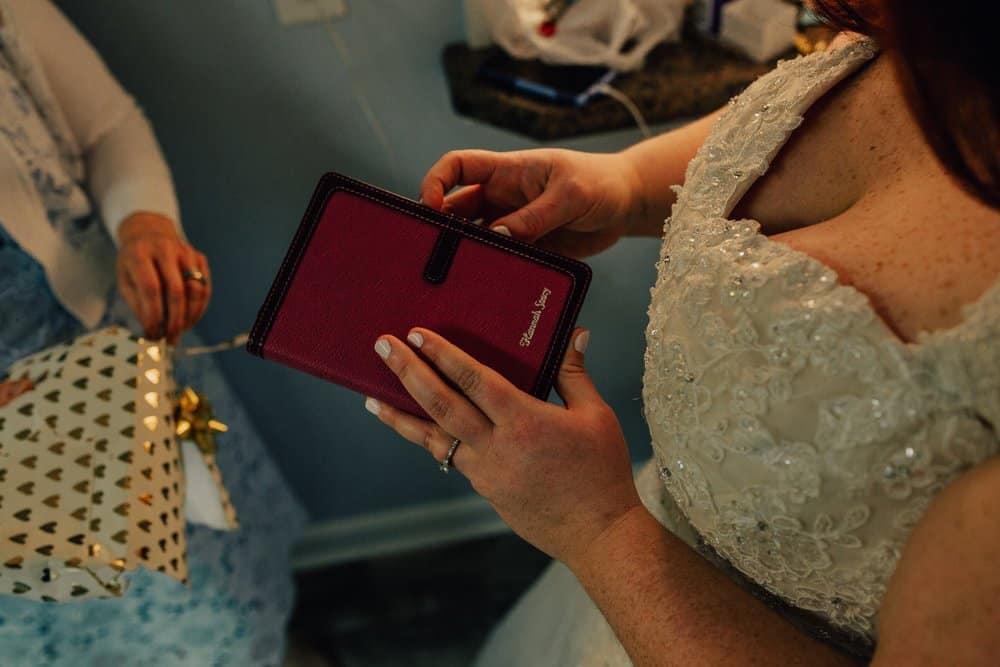 SNOWY OHIO BARN WEDDING | JOSH + HANNAH 14