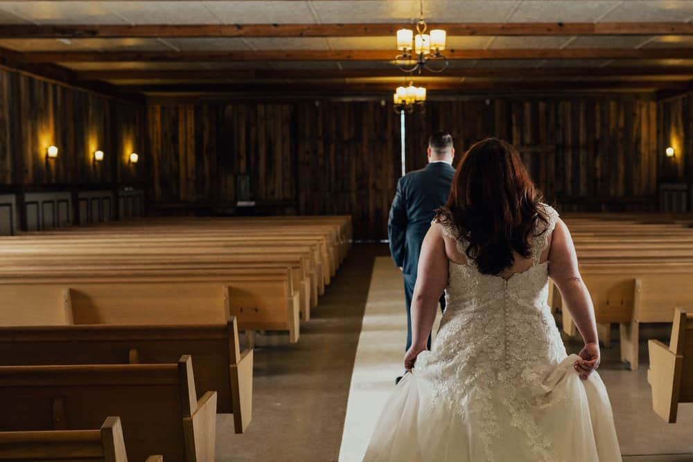 SNOWY OHIO BARN WEDDING | JOSH + HANNAH 18