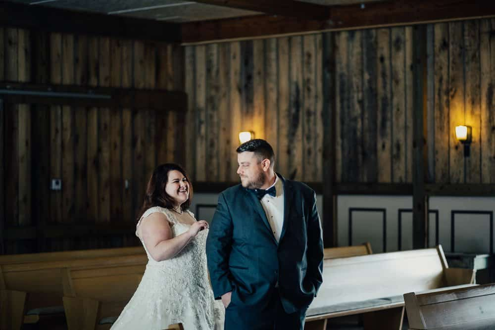 SNOWY OHIO BARN WEDDING | JOSH + HANNAH 19