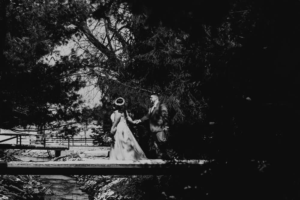 SNOWY OHIO BARN WEDDING | JOSH + HANNAH 27