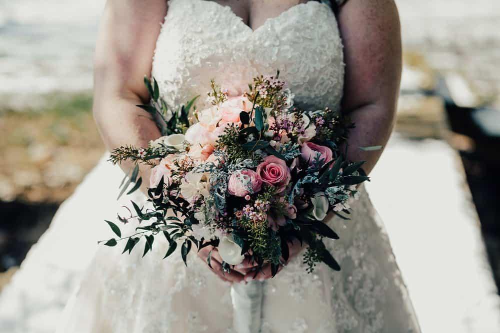SNOWY OHIO BARN WEDDING | JOSH + HANNAH 29