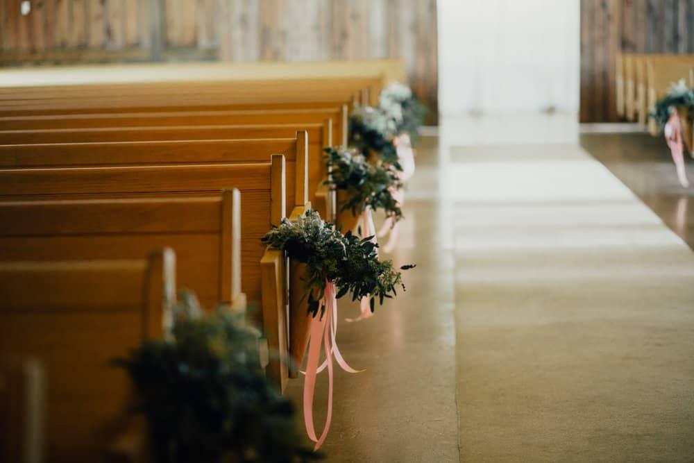 SNOWY OHIO BARN WEDDING | JOSH + HANNAH 38