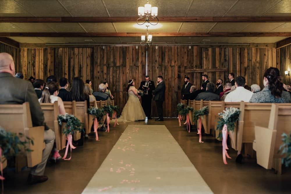SNOWY OHIO BARN WEDDING | JOSH + HANNAH 44