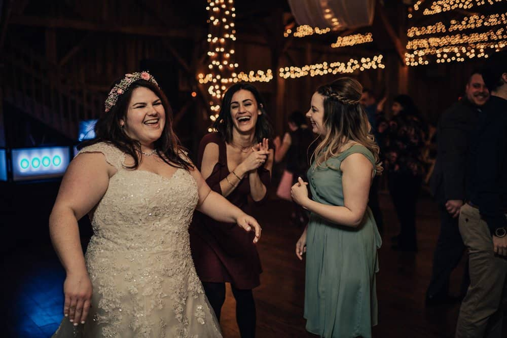 SNOWY OHIO BARN WEDDING | JOSH + HANNAH 56