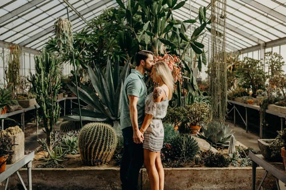 OHIO GREENHOUSE SESSION | SHAWN + ALEXA
