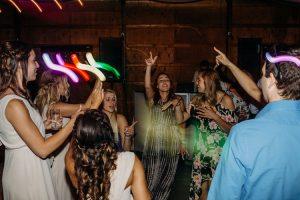 HINES HILL SUMMER WEDDING | KYLE + ELIZABETH 3