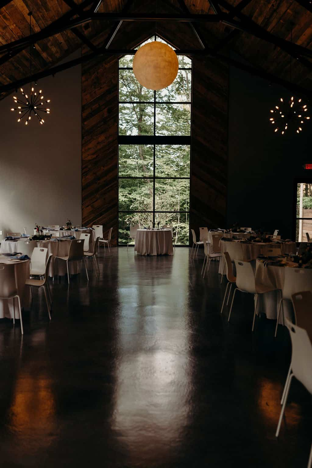 head table at Sapphire Creek Winery