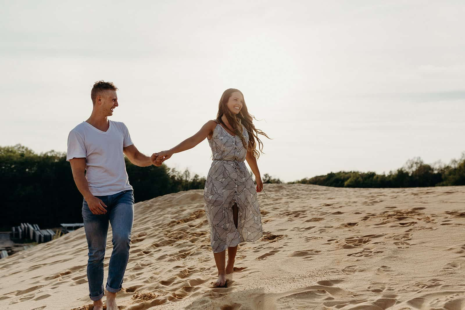 Ohio Sand Dunes Engagement | Addison + Morgan 152