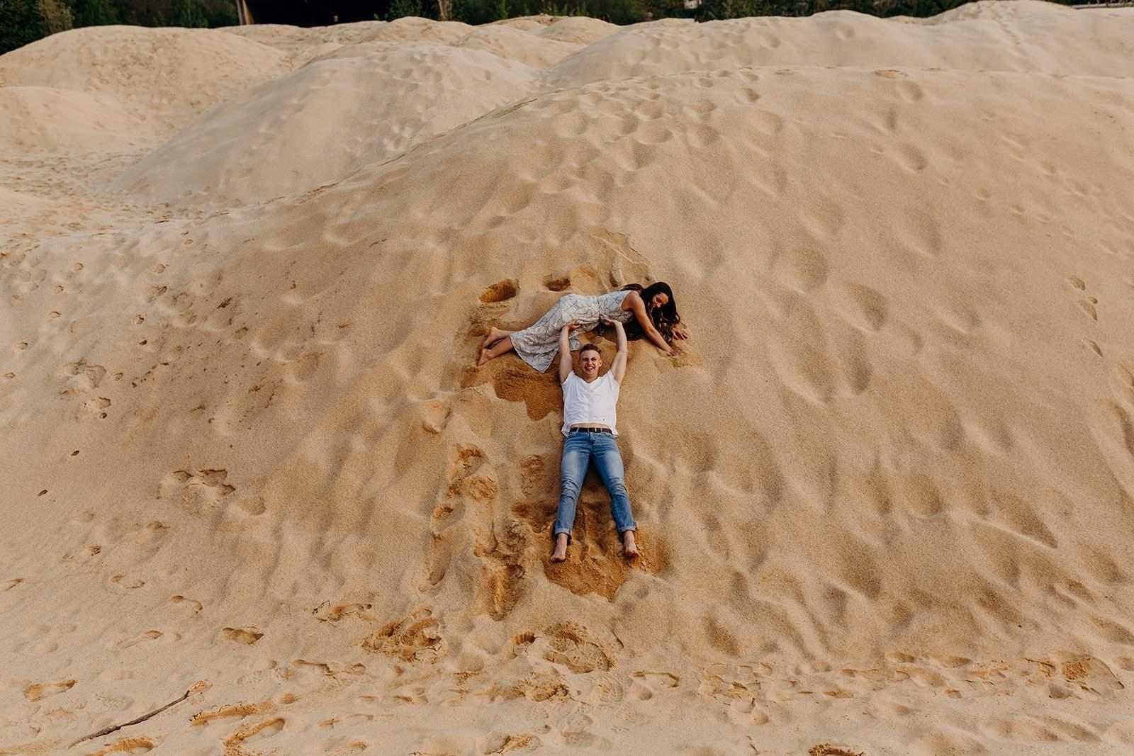 Ohio Sand Dunes Engagement   Addison + Morgan 139