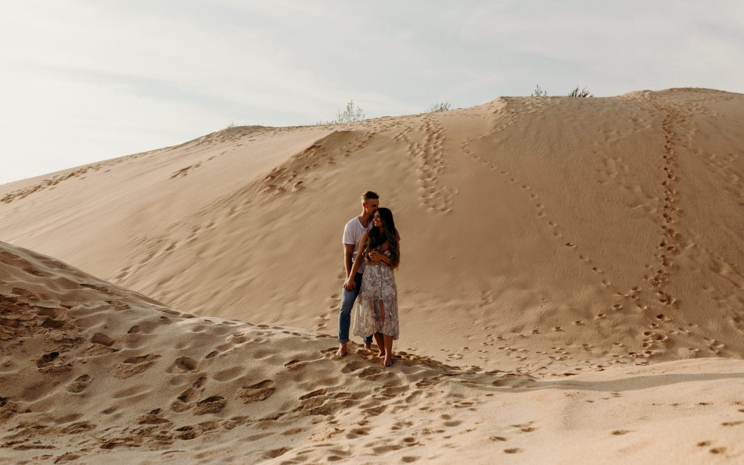 Ohio Sand Dunes Engagement | Addison + Morgan