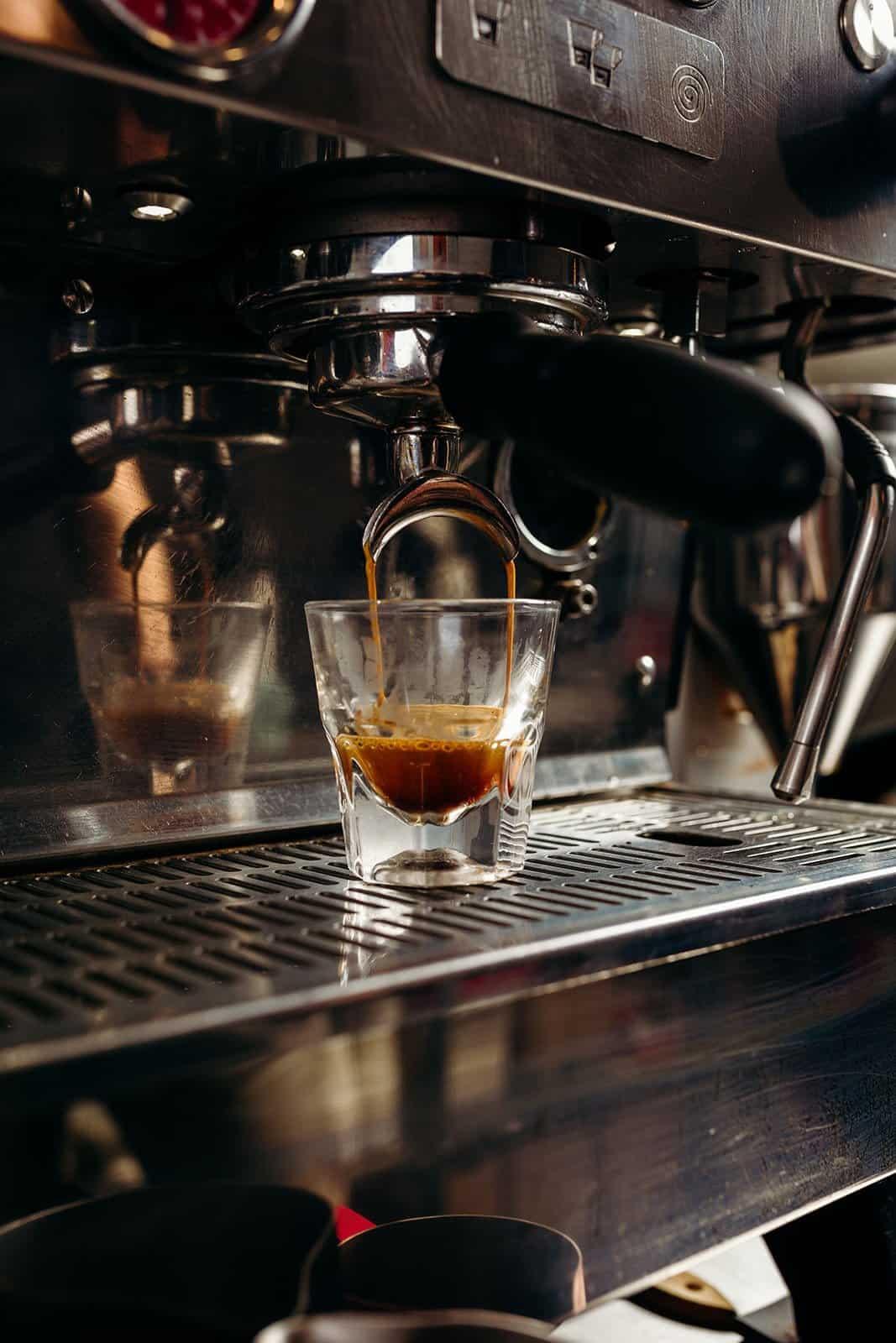 Coffee Shop Photography - Walkie Talkie Coffee 192
