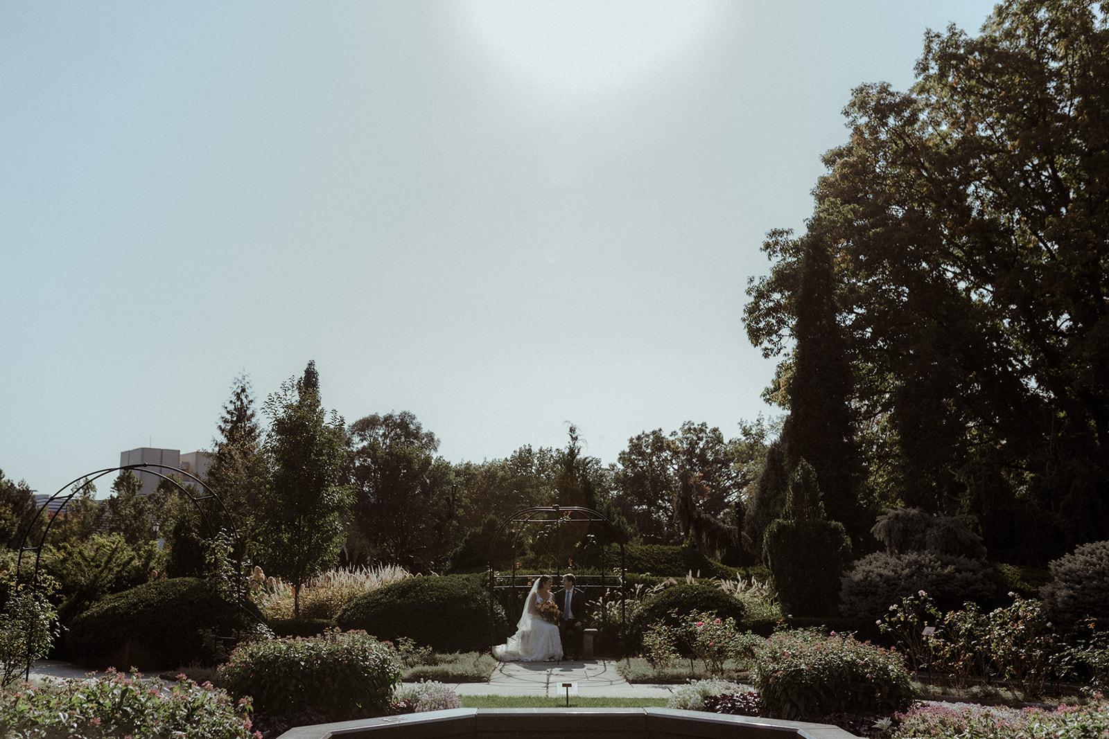 cleveland botanical garden wedding - chris + katie 123