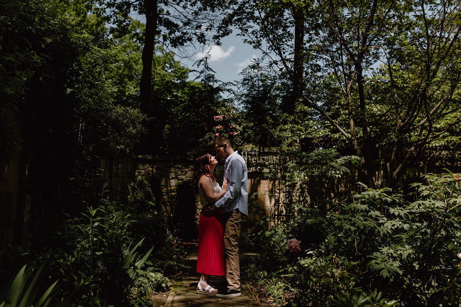 stan hywet engagement session - lana + zach 79